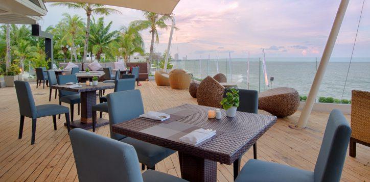 14-ocean-terrace-restaurant2-2
