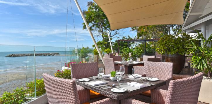 ocean-terrace-restaurant2