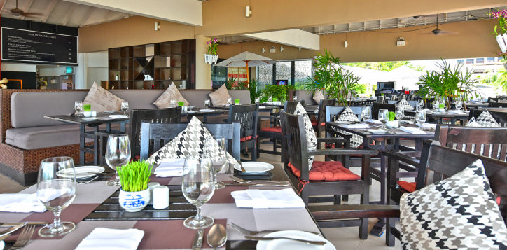 ocean-terrace-restaurant4-2