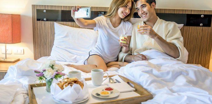 breakfast-in-room_1-2-2