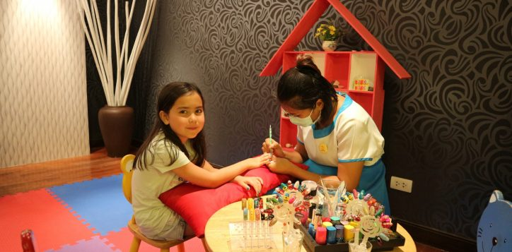 nail-painting-class-2-2